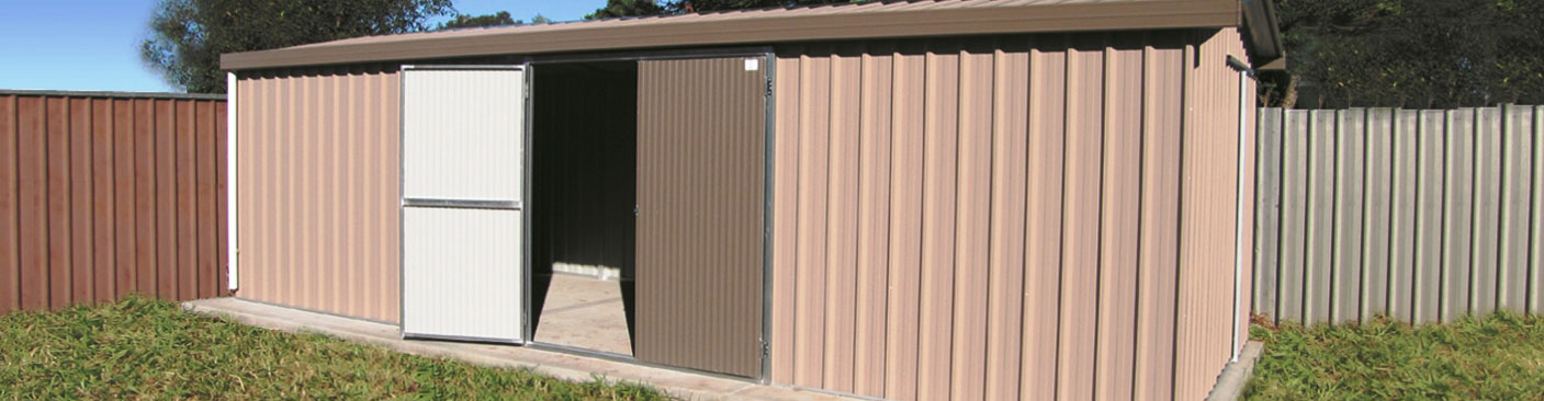 Small big and custom size garden sheds col western sheds for Carport dog kennels